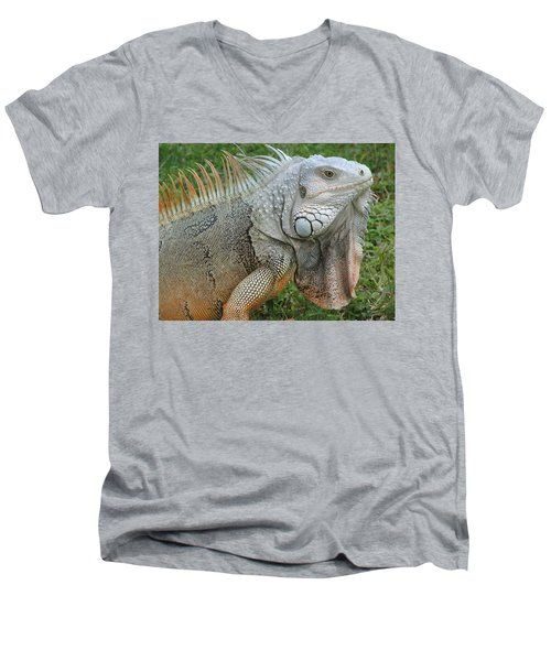 White Lizard Men's V-Neck T-Shirt