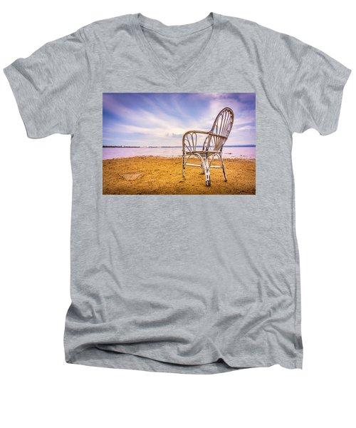Wicker Chair Men's V-Neck T-Shirt