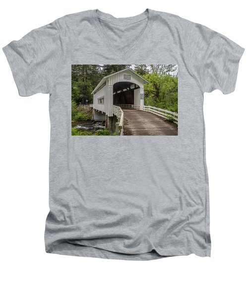 Wildcat Creek Bridge No. 1 Men's V-Neck T-Shirt