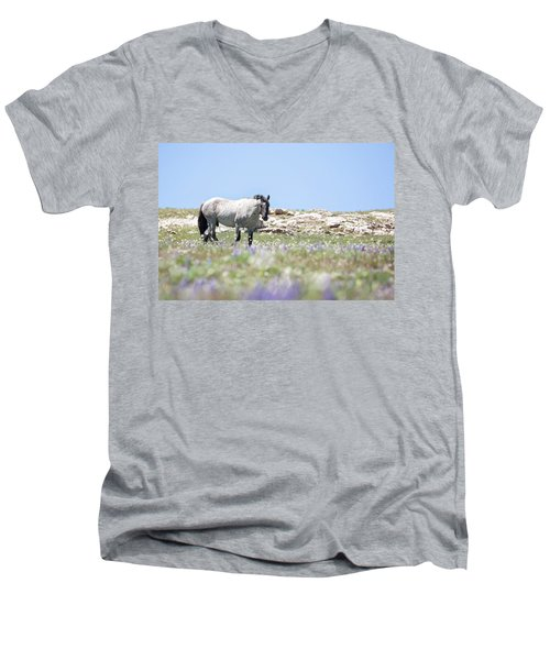 Wildflowers And Mustang Men's V-Neck T-Shirt