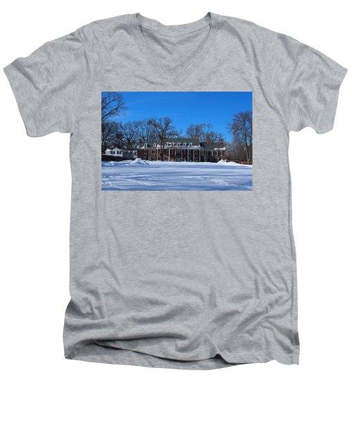 Wildwood Manor House In The Winter Men's V-Neck T-Shirt