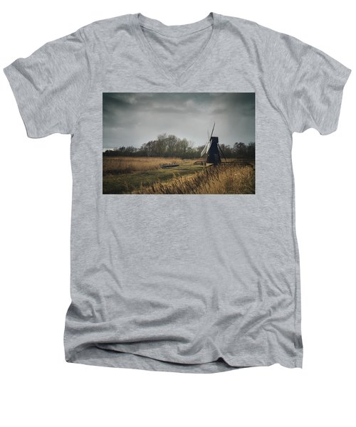 Windpump Men's V-Neck T-Shirt