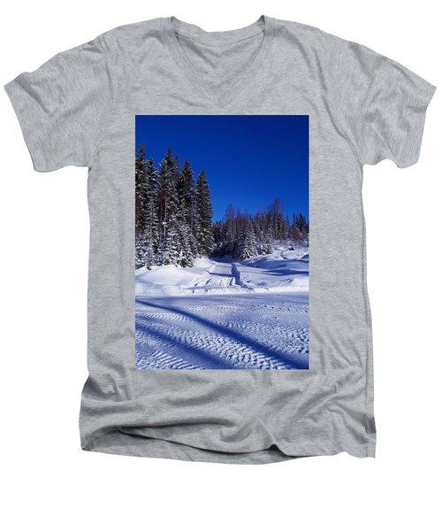 Winter Day Men's V-Neck T-Shirt