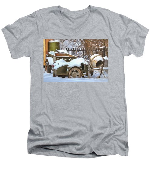 winter in the village Russian Men's V-Neck T-Shirt