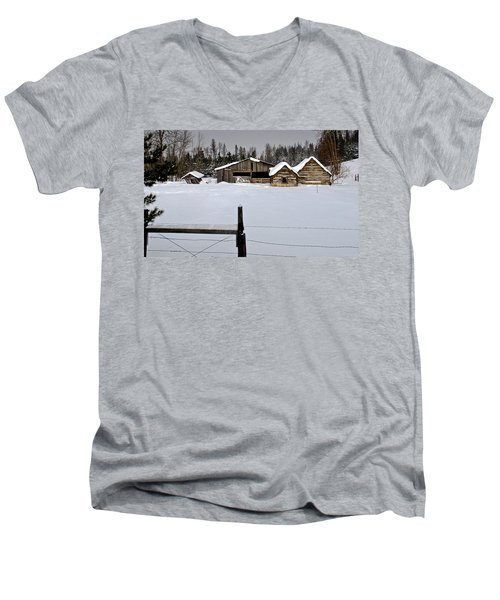 Winter On The Ranch Men's V-Neck T-Shirt