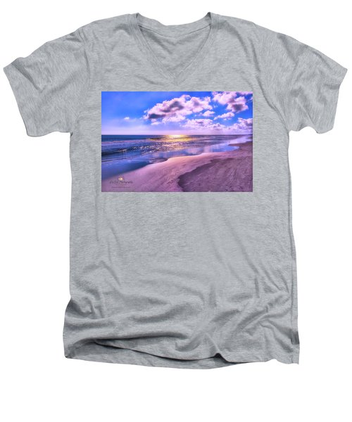 Winter Solstice Sunrise Men's V-Neck T-Shirt