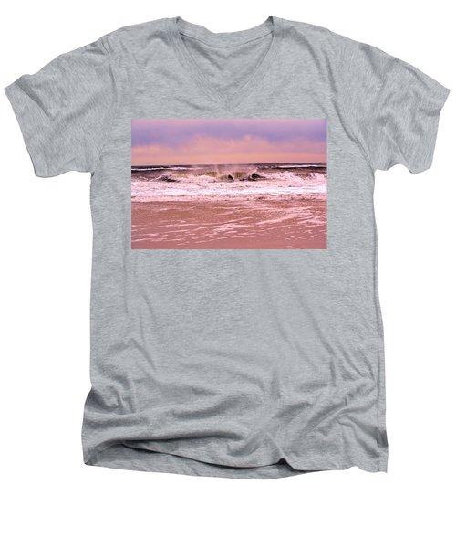 Winter Storm Waves Men's V-Neck T-Shirt