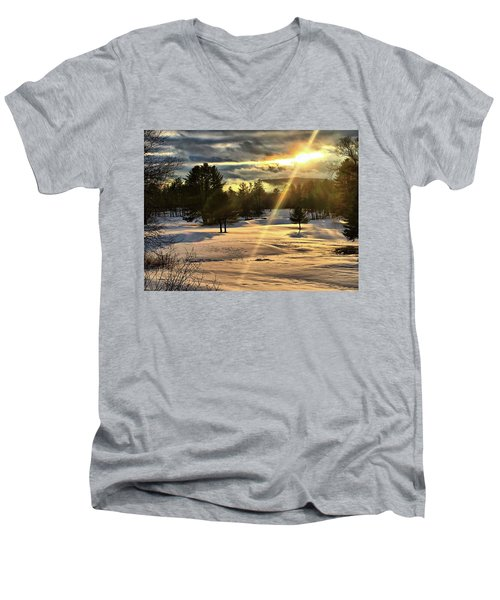 Winter Sunset Rays  Men's V-Neck T-Shirt