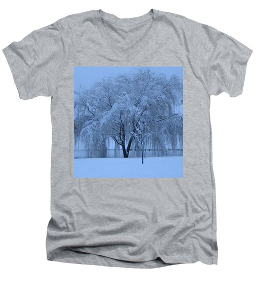 Winter Willow Tree Before Dawn_fort Worth_tx Men's V-Neck T-Shirt by Barbara Yearty