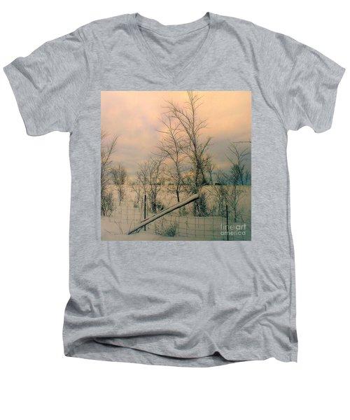 Winter's Face Men's V-Neck T-Shirt