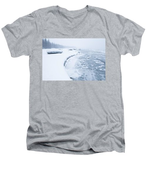 Wintry Coast Men's V-Neck T-Shirt