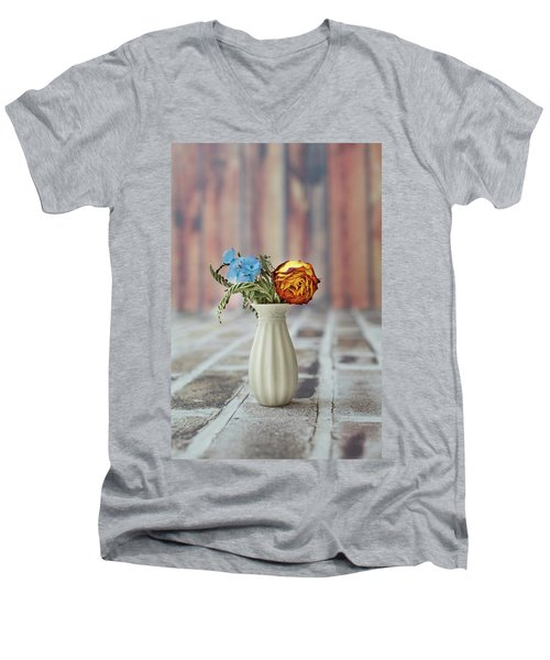 Withered Men's V-Neck T-Shirt