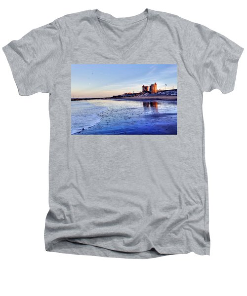 Withernsea Sunset And Moon Men's V-Neck T-Shirt