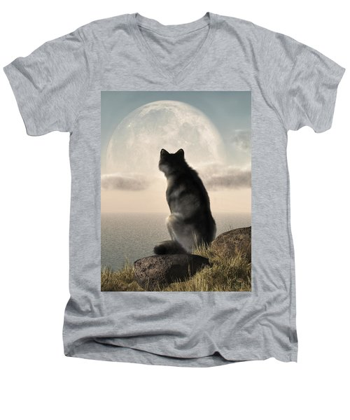 Wolf Watching The Moonrise Men's V-Neck T-Shirt