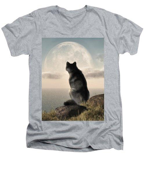 Wolf Watching The Moonrise Men's V-Neck T-Shirt