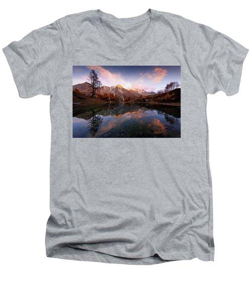 Wonderment Men's V-Neck T-Shirt