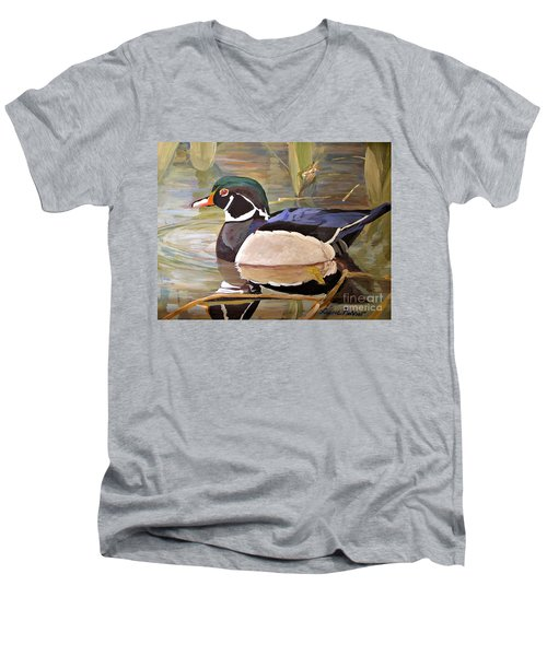 Wood Duck On Pond Men's V-Neck T-Shirt