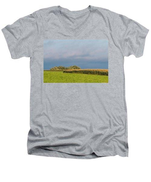 Farmer's Field Men's V-Neck T-Shirt