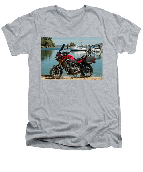 Yamaha Fj-09 .3 Men's V-Neck T-Shirt