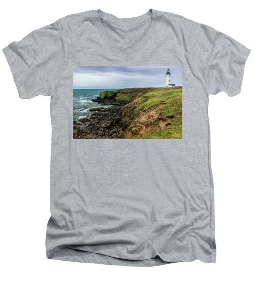 Yaquina Head Light Men's V-Neck T-Shirt