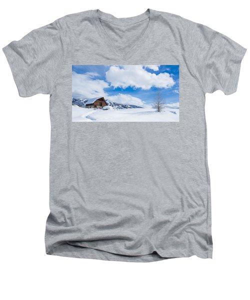 Yeehawww Men's V-Neck T-Shirt