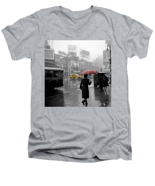 Yellow Cabs New York 2 Men's V-Neck T-Shirt