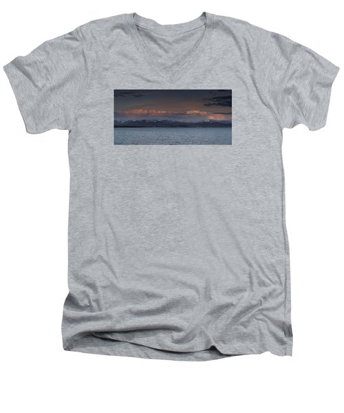 Yellowstone Lake At Sunset Men's V-Neck T-Shirt