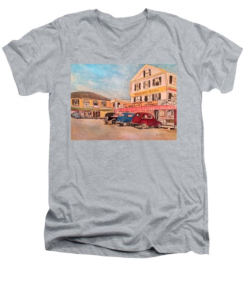 York Beach In Maine Men's V-Neck T-Shirt