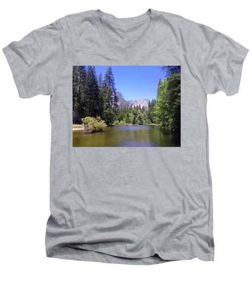 Yosemite 11 Men's V-Neck T-Shirt