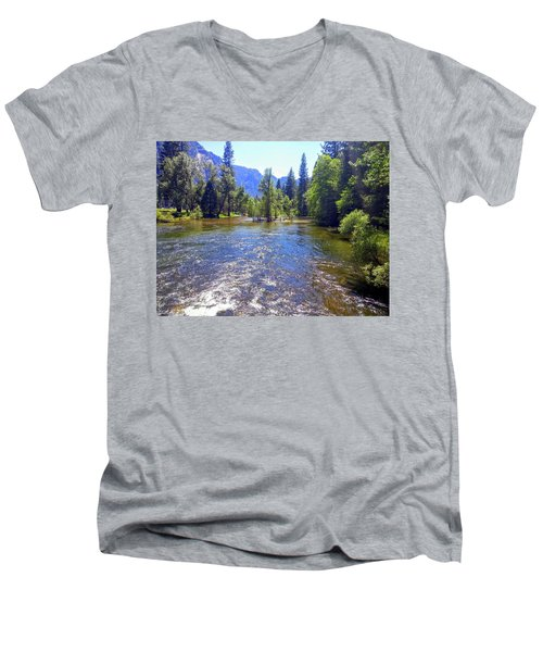 Yosemite 14 Men's V-Neck T-Shirt