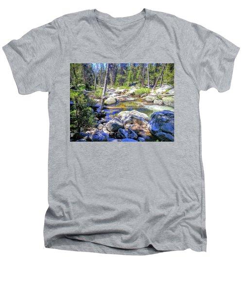 Yosemite 3 Men's V-Neck T-Shirt
