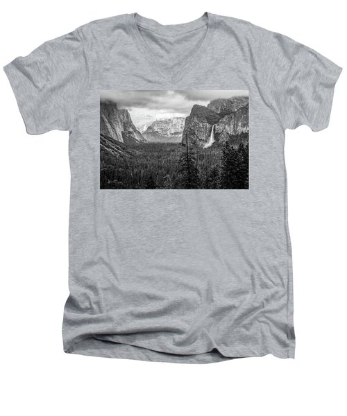 Yosemite View 38 Men's V-Neck T-Shirt