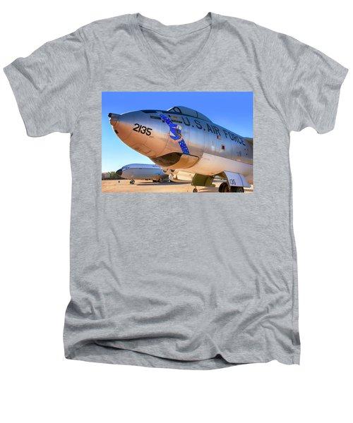 Boeing B47 Sac Bomber Men's V-Neck T-Shirt