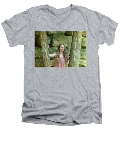 10ae Men's V-Neck T-Shirt