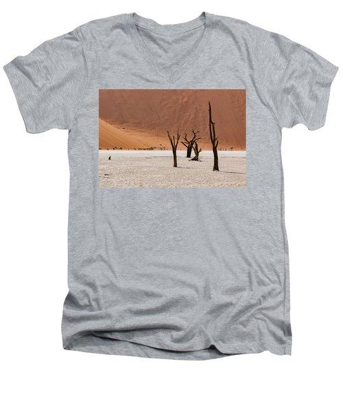 Deadvlei Desert Men's V-Neck T-Shirt