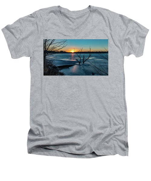 2019-012/365 January Sunset Men's V-Neck T-Shirt