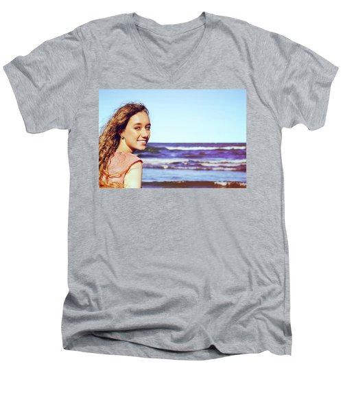 6DE Men's V-Neck T-Shirt