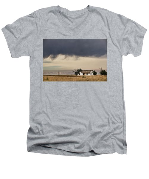 Abandoned New Mexico Men's V-Neck T-Shirt