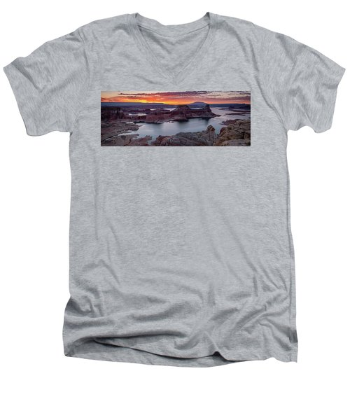 Men's V-Neck T-Shirt featuring the photograph Alstrom Point by Edgars Erglis