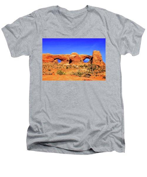 Arches Moon Eye Men's V-Neck T-Shirt