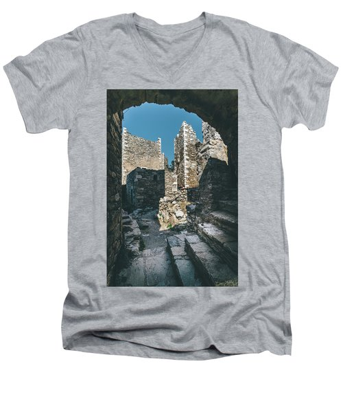 Architecture Of Old Vathia Settlement Men's V-Neck T-Shirt