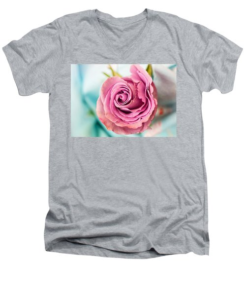 Beautiful Vintage Rose Men's V-Neck T-Shirt