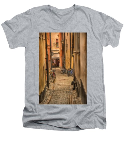 Bicycle Alley Men's V-Neck T-Shirt