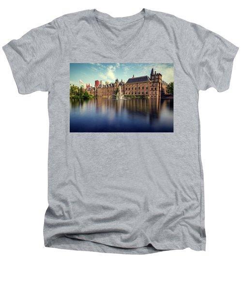 Binnenhof, The Hague Men's V-Neck T-Shirt