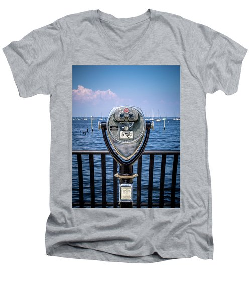 Binocular Viewer Men's V-Neck T-Shirt