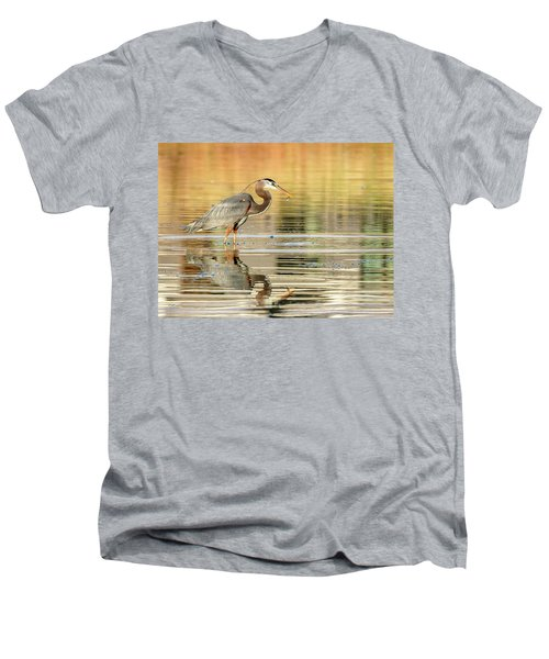 Blue Heron Fishing Men's V-Neck T-Shirt
