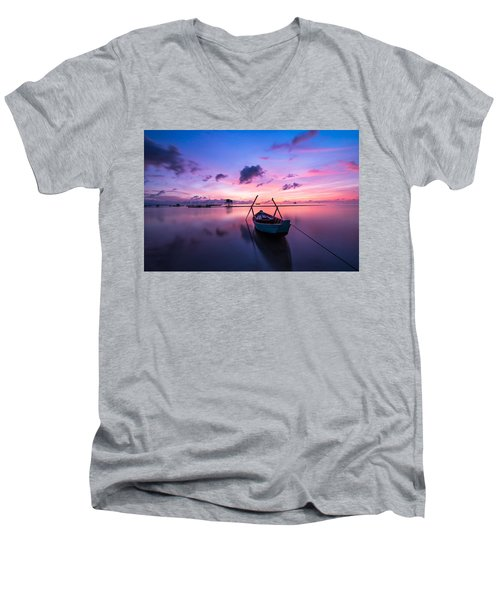 Boat Under The Sunset Men's V-Neck T-Shirt