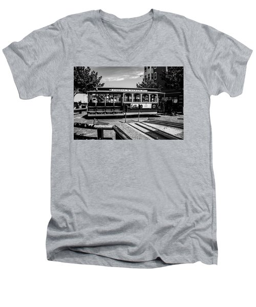Cable Car Turn Around Men's V-Neck T-Shirt