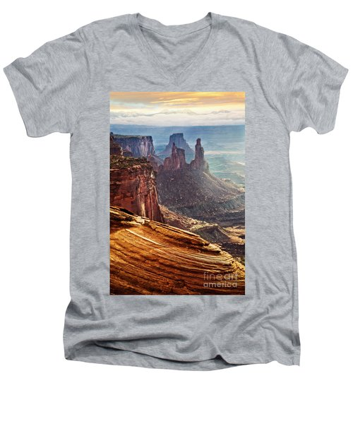 Canyonlands Men's V-Neck T-Shirt