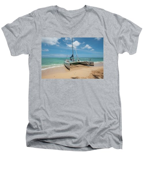 Catamaran On Waikiki Men's V-Neck T-Shirt